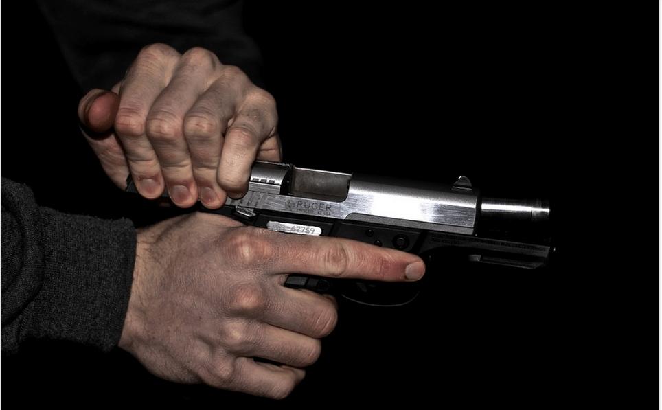 reloading a gun