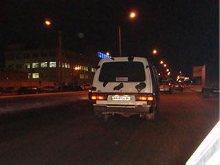 На дороге был обнаружен пятнистый микроавтобус!