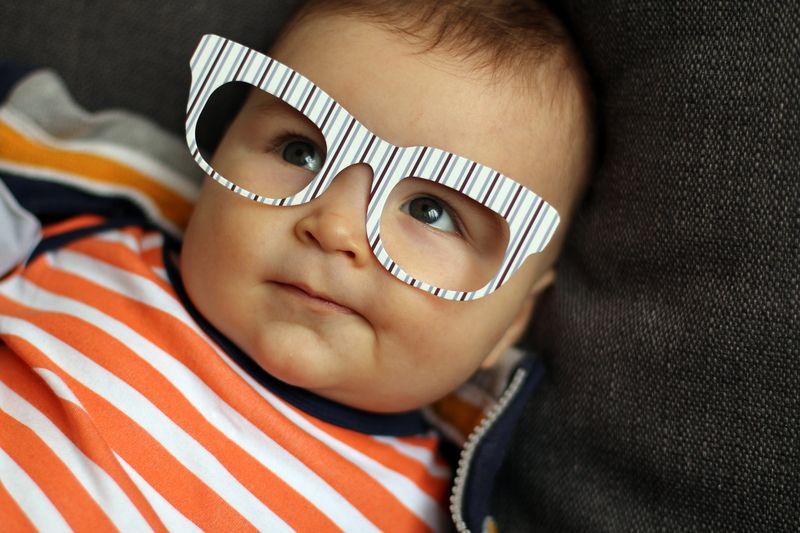 Arbeiten mit Baby. Bild: LBP/photocase.de