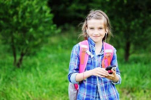 tween smartphone, using a smartphone