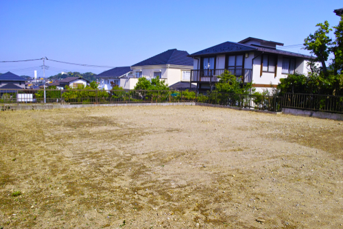 vacant-lot
