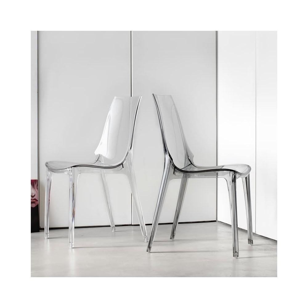chaise de coiffeuse en polycarbonate adaptee pour l exterieur et l interieur disponible en plusieurs finitions