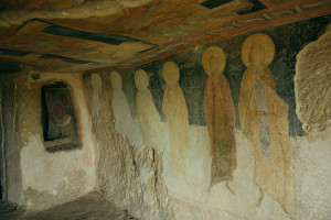 The labyrinthine cave corridors of Ivanovo's monastic complex