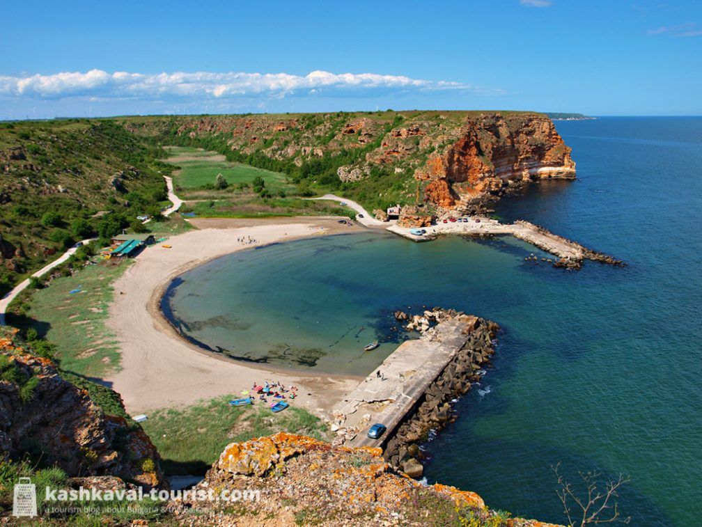 Narrow gorge by the sea: Bolata