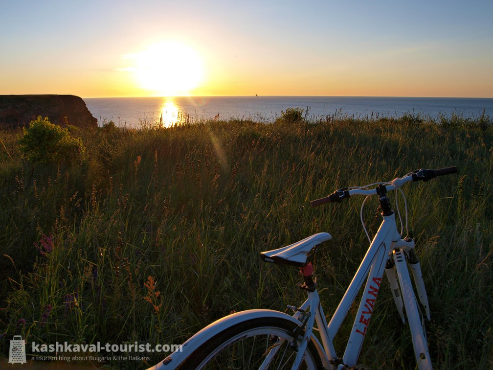 Chasing the sunrise: rent a bike and cycle along the cliffs
