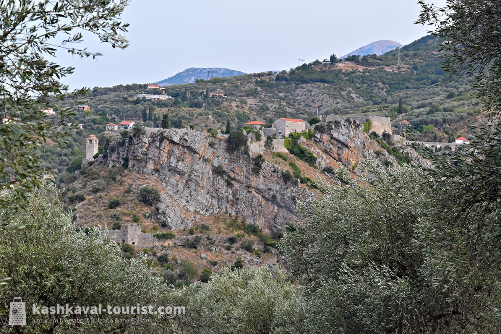 Fortress among the olive groves: Bar
