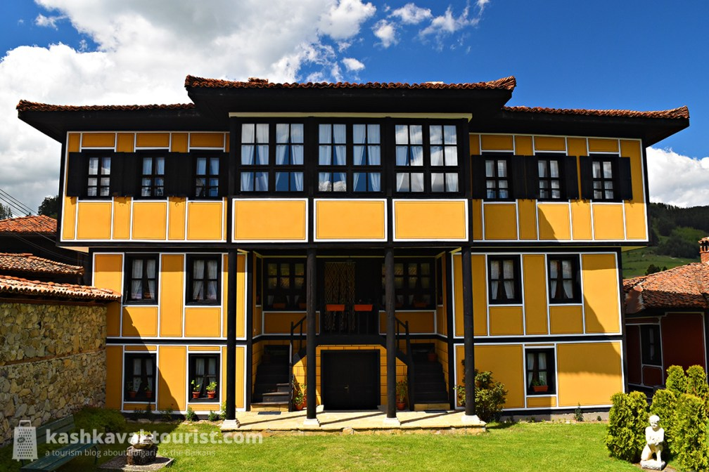 The grand, bright yellow and almost East Asian-looking Palaveev House