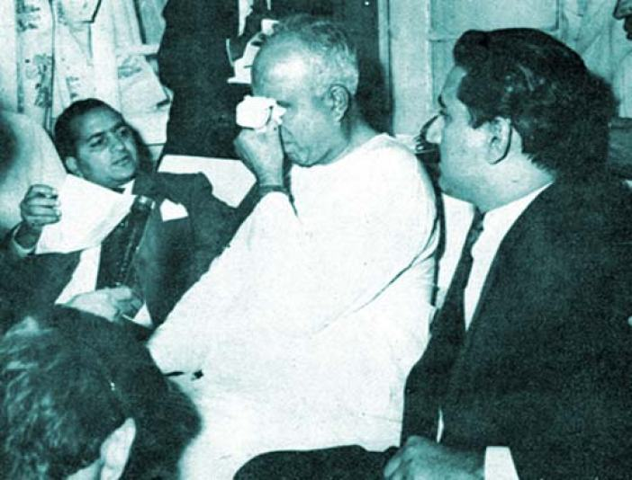 With KH Khursheed (right), Sheikh broke down in Muzaffarabad when he heard of Pandit Nehru's death.