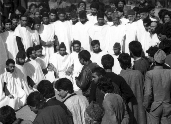 """""""Kafan Posh"""" MUF candidates at an election rally in Iqbal Park in 1987 before March 23 polling day. (Photos in special arrangement with MERAJUDDIN)"""