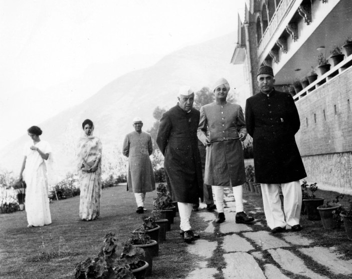 Bakshi with Nehru at Raj Bhawan.