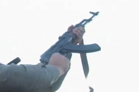 Anantnag Firing Update: Teen Falls Off Motorcycle After Security Forces Open Fire In Air, Held