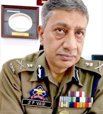 5,500 More Cases of Stone Pelters Under Review: DG Police