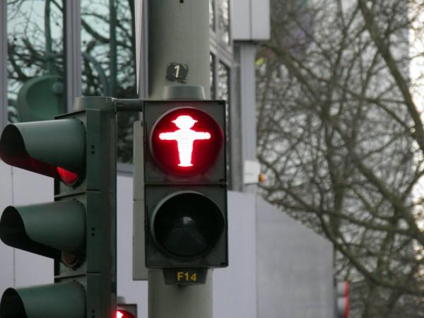 Знаменитые берлинские человечки в светофорах