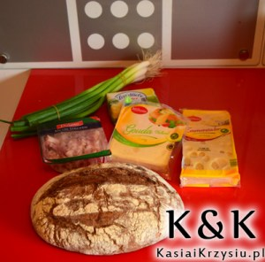 Składniki na chlebek z serem