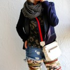 leggings cutoffs infinity scarf blazer ootd travel whatiwore2day
