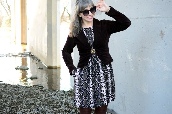 over 40 daily outfit blog gray hair silver fox snake dress business casual ootd whatiwore2day