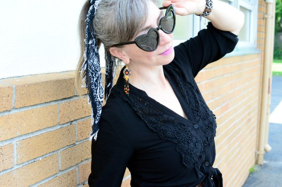 over forty daily outfit blog scarf ponytail ootd whatiwore2day