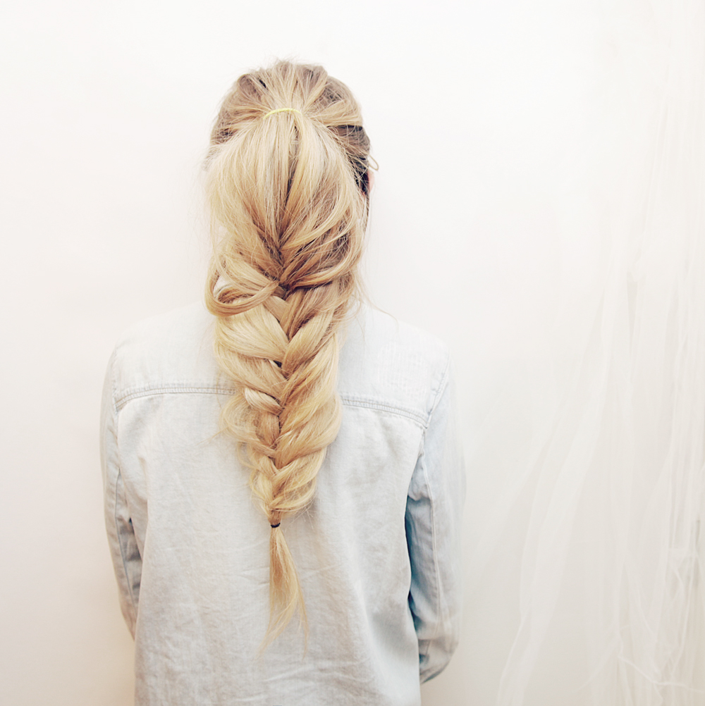 Kassinka-Fishtail-Braid-Tutorial