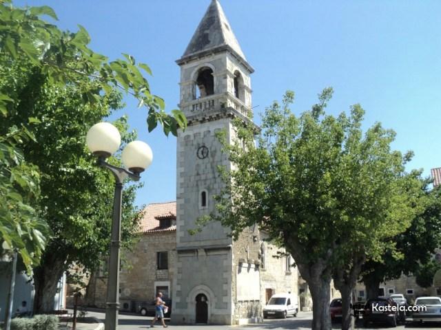 Kada idete od Splita prema Trogiru kroz koji Kaštel prvo prođete?