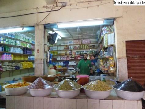 Einkaufen im Souk von Guelmim