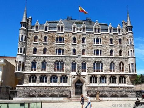 bankgebäude Antoni Gaudi