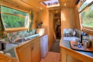 Luxury narrowboat holidays and canal boat hire