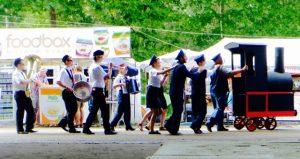 street theatre performance walking train locomotive Sziget Festival