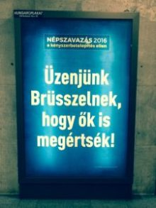 nepszavazas campaign kampany billboard kek blue