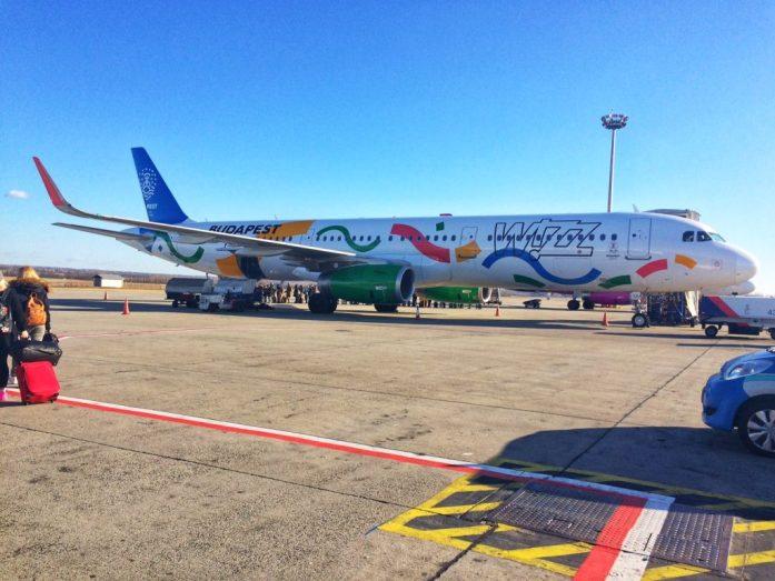 Budapest airport Wizzair plane Budapest Olympics 2024 bid