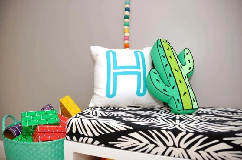 Ikea regal kallax kinderzimmer  IKEA Kallax Cushion Hack: Turn Your Shelf into a Bench with an ...