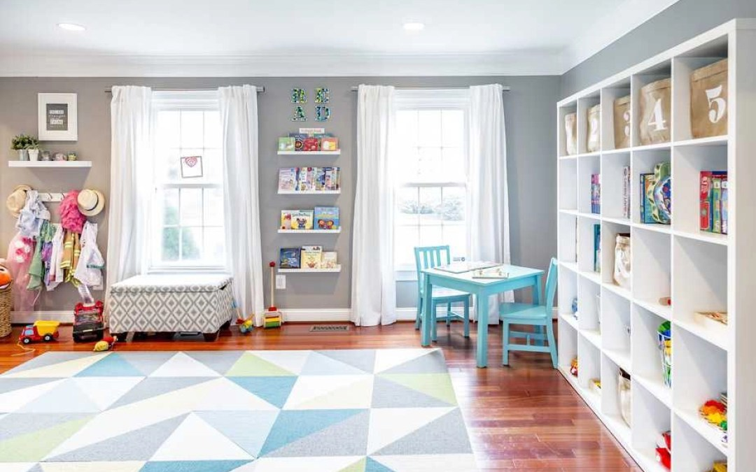 4 Tips to Declutter the Playroom (and Save Your Sanity) Before the Holidays