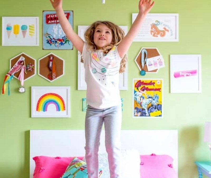 Bye, Green Walls: Colorful Girls Room Makeover Plans