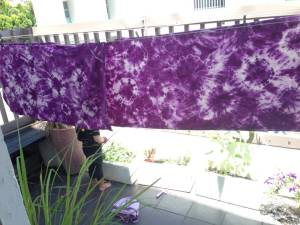 Tie dyed 4.5m of natural! It took so long to do all the tying up!