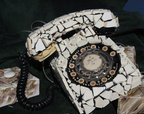 Το ΣΠαΣμένο ΤηλΕΦωνο