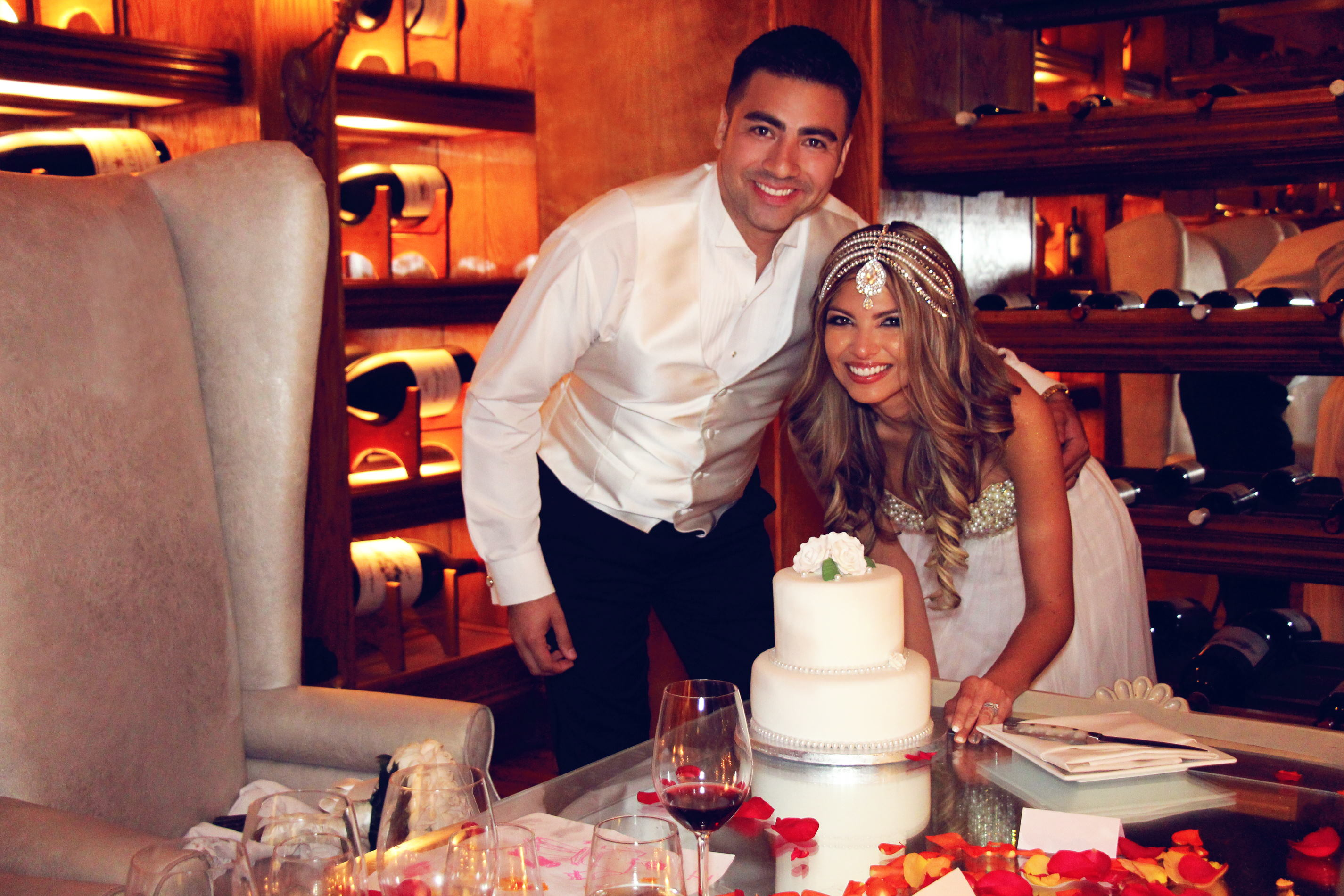 16 – Katherine Eastman Photography – south florida – wedding -the forge miami -bride groom – cake