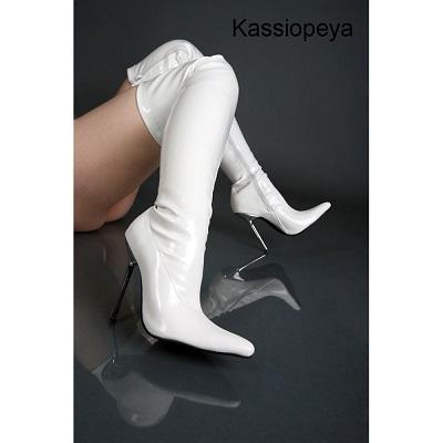 Kassiopeya  910907363 Lack Overkneestiefel weiß