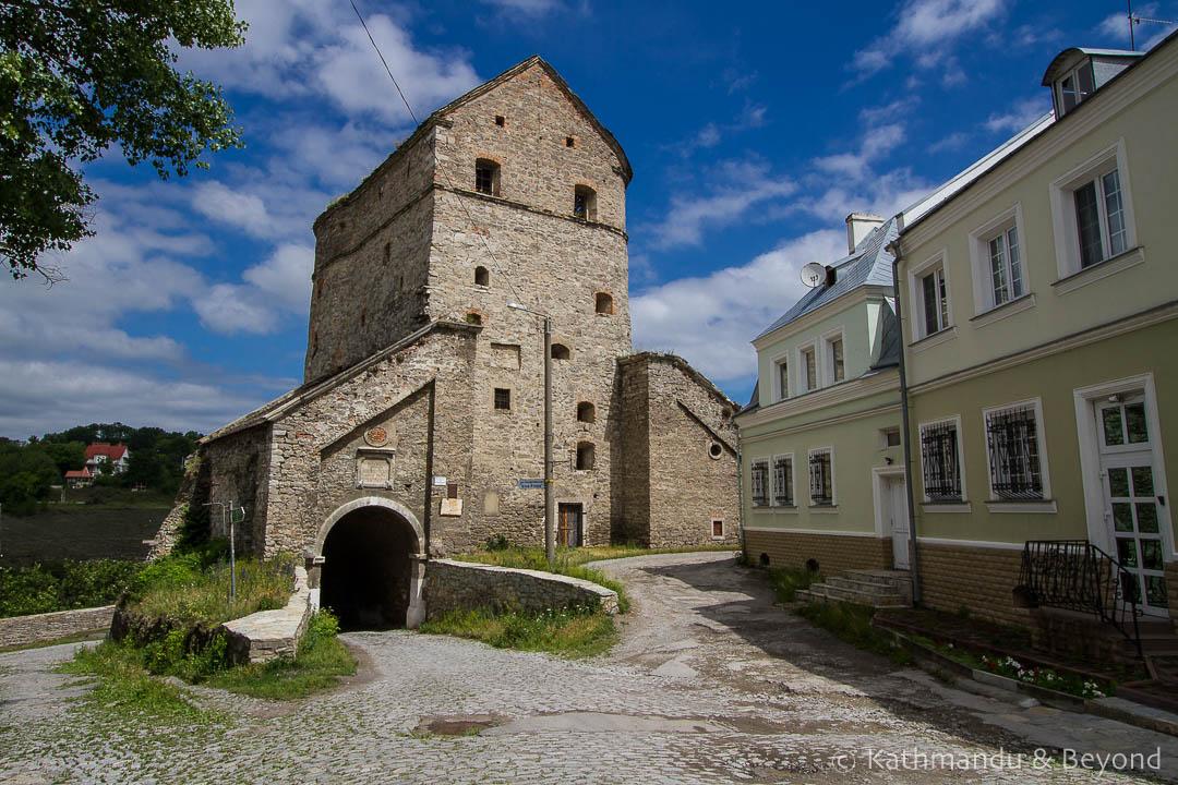 Vitryani (Windy) Gate Kamyanets-Podilsky Ukraine-1