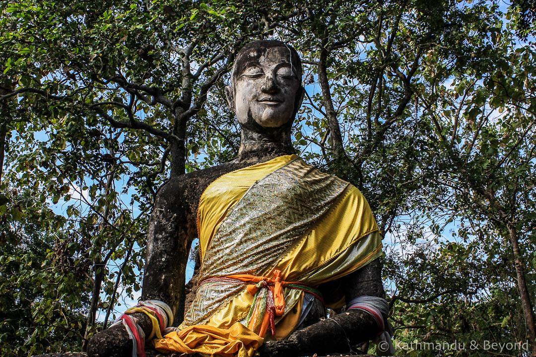 Wat Khao Phnom Phloeng Si Satchanalai Historical Park Thailand 2