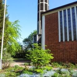 Kirche außen_St_Petrus