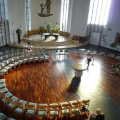 Kirche innen_St_Petrus