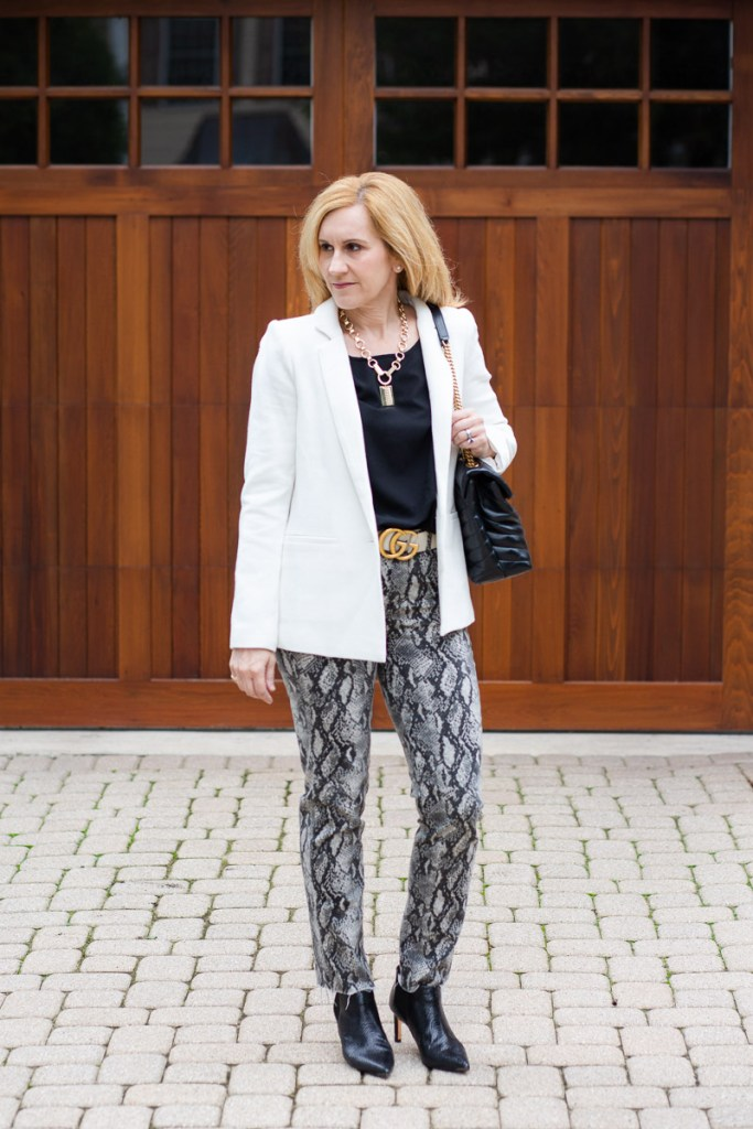 A black and white look for fall that I rented from Nuuly.