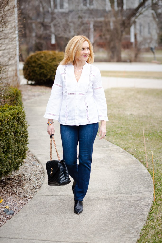 A casual chic look featuring the best jeans under $100.