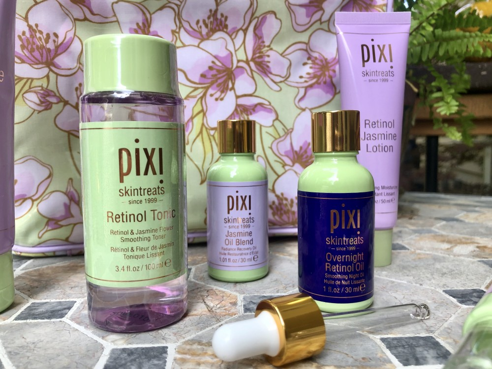 Retinol & Jasmine skincare by Pixi Beauty