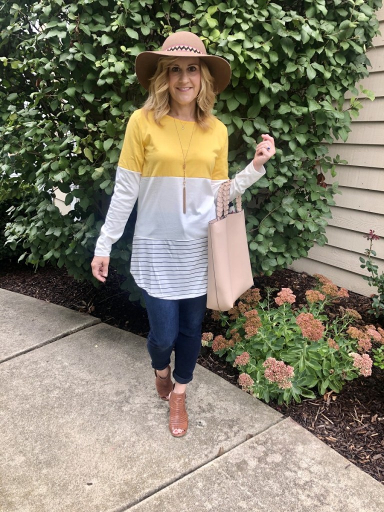 Recreating a fall outfit by Laura Bambrick from I Do DeClaire.