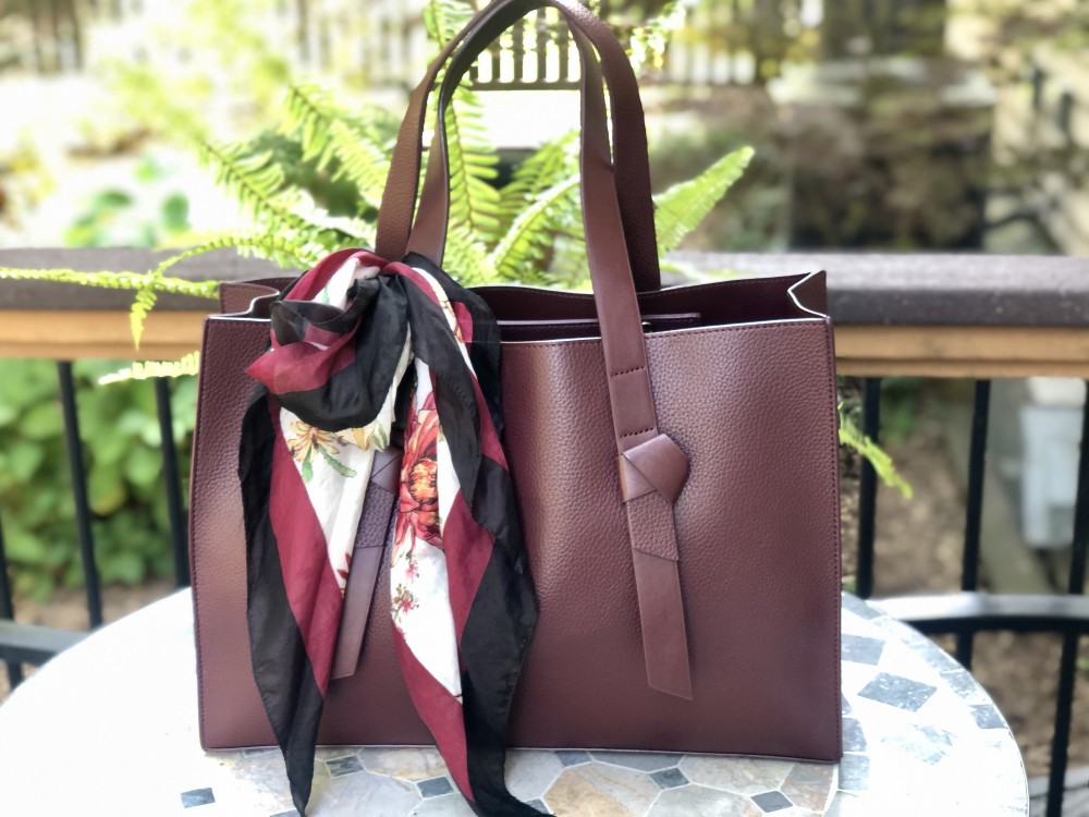 Handbag Love with Rachel Zoe and Curateur