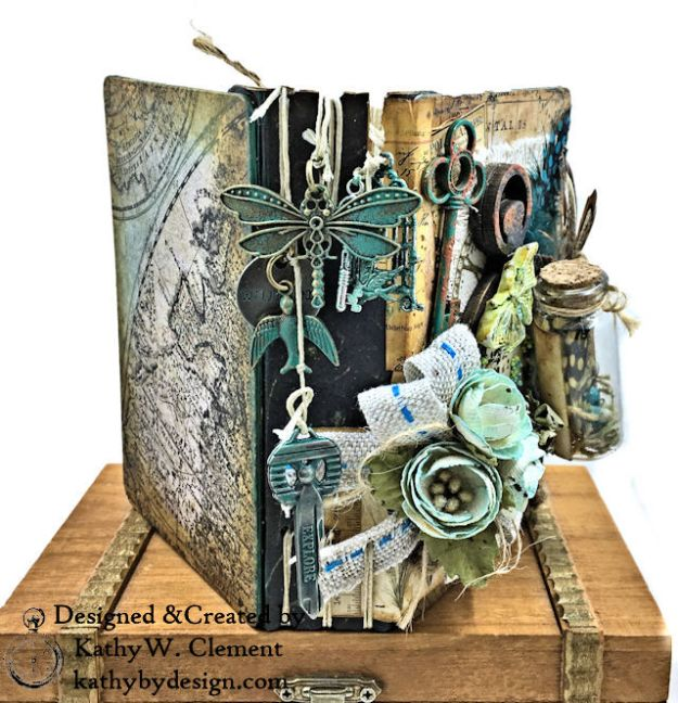 Eileen Hull Passport Mini with Kaisercraft Anthology Collection by Kathy Clement Photo 01