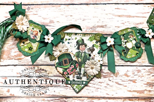 Authentique Clover Eileen Hull House/Pocket Stitchlits Dies St. Patrick's Day Banner Kathy Clement Kathy by Design Photo 05
