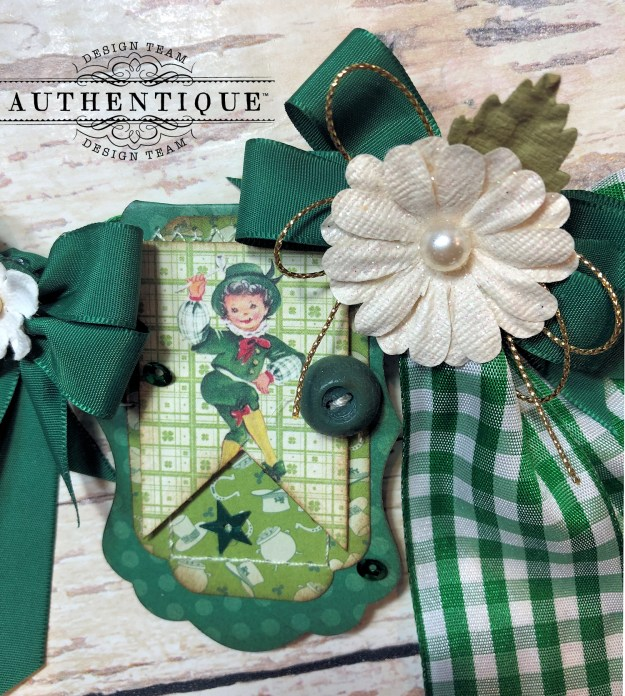Authentique Clover Eileen Hull House/Pocket Stitchlits Dies St. Patrick's Day Banner Kathy Clement Kathy by Design Photo 08