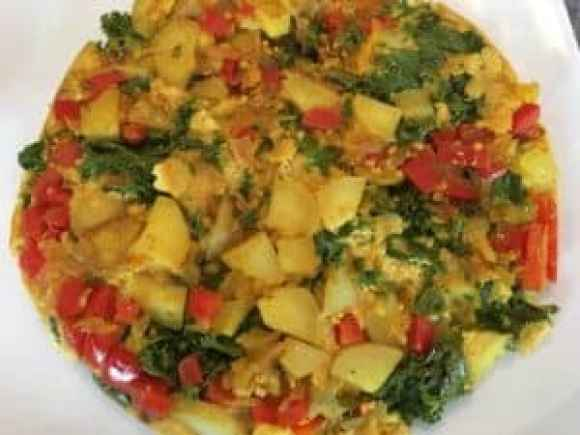 vegan-potato-and-kale-frittata-5-1300x975-e1530557974873-300x225 Vegan Kale and Potato Frittata