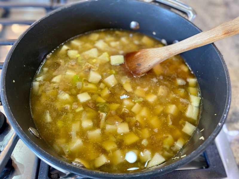 potato-leek-soup-cooking-1024x768 Potato Leek Soup